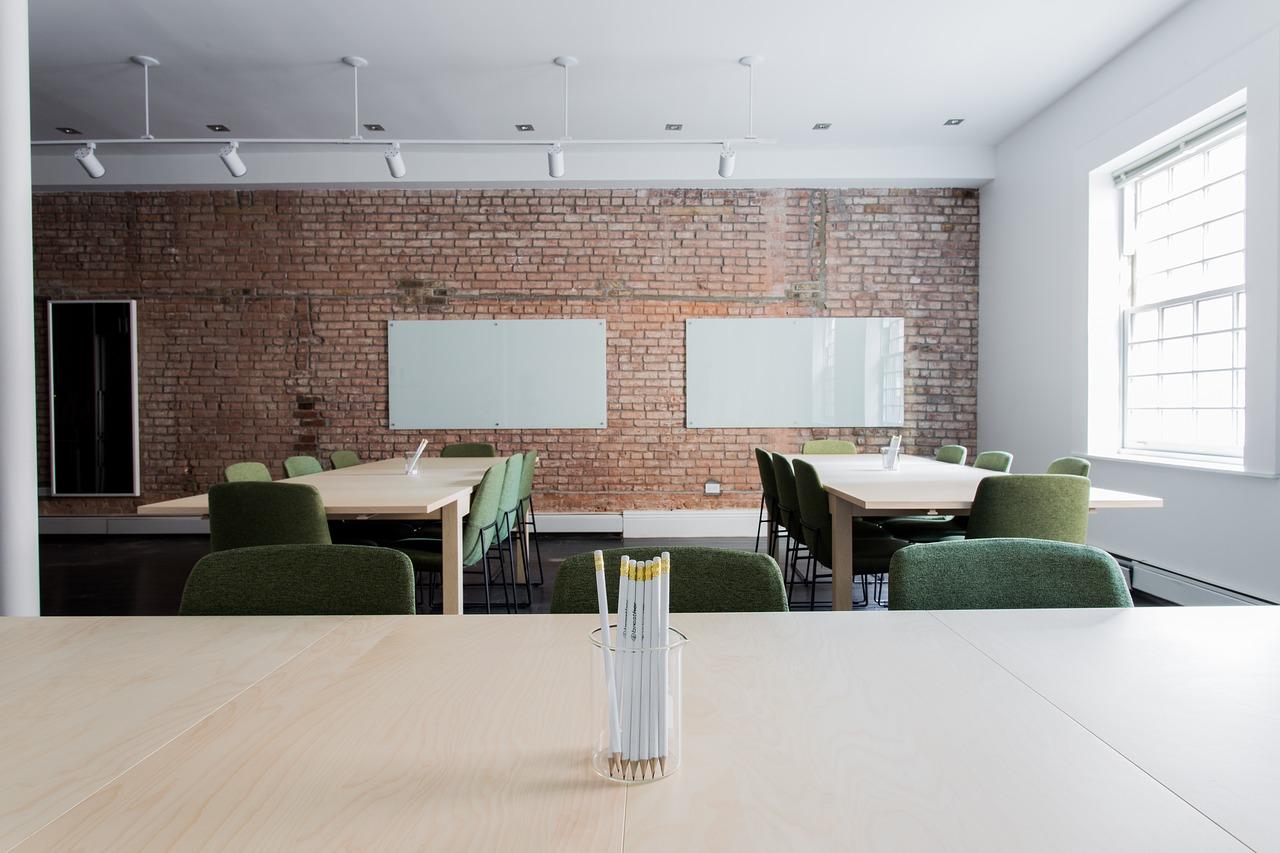 Kompleksowe wyposażenie i aranżacje przestrzeni biurowych
