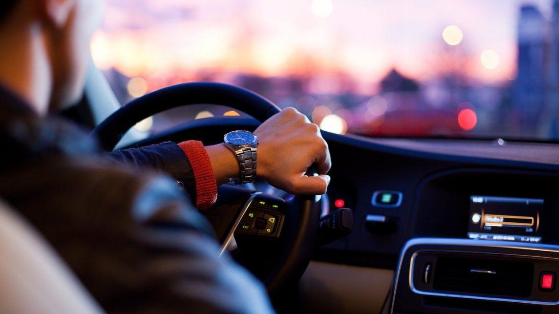 Korzyści z wynajmu samochodu