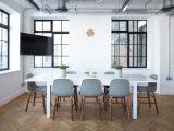 Designerskie aranżacje przestrzeni biurowych