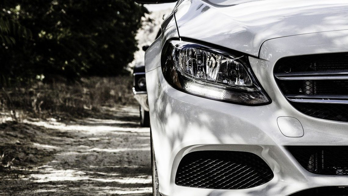 Dlaczego warto wynająć samochód?